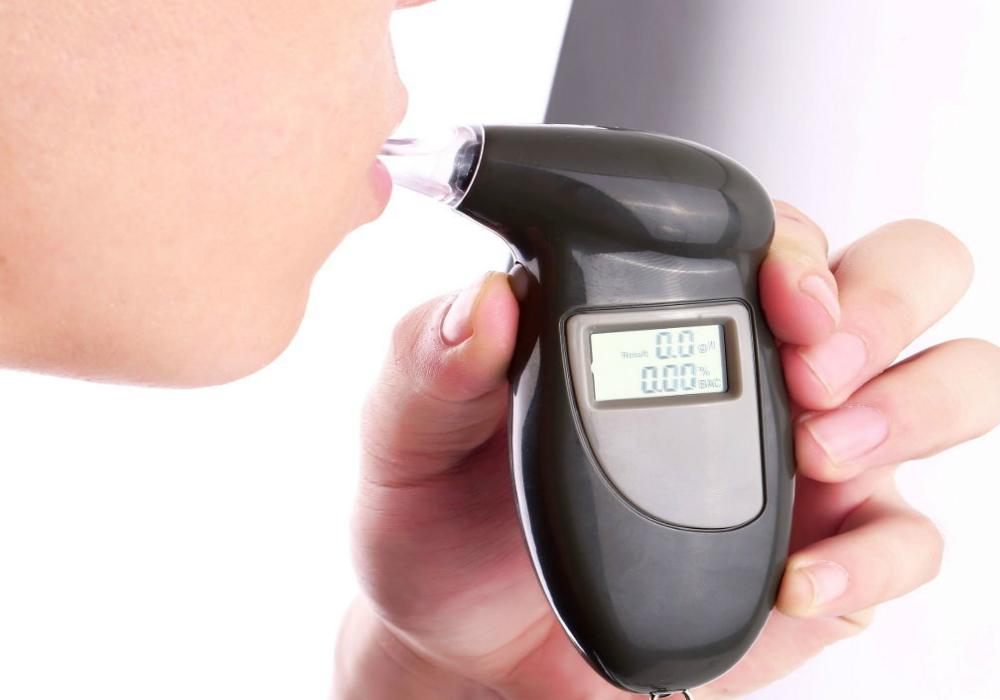 «Alcoholímetro de diabetes» podría poner fin a los piquetes en los dedos