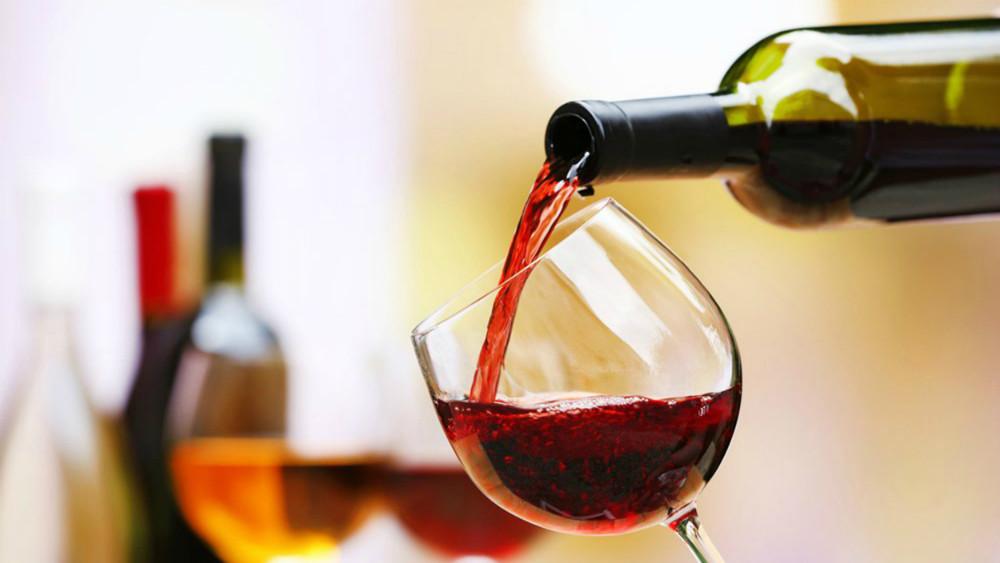 La obesidad y la diabetes junto con el alcohol son factores de riesgo de una enfermedad hepática grave