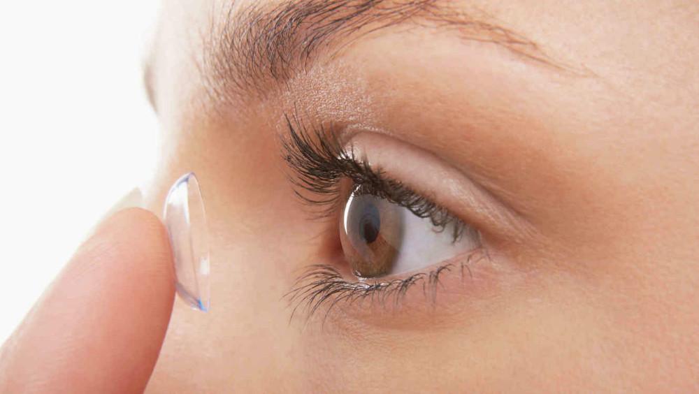 Científicos desarrollan lentes de contacto de monitoreo de glucosa para las personas con diabetes