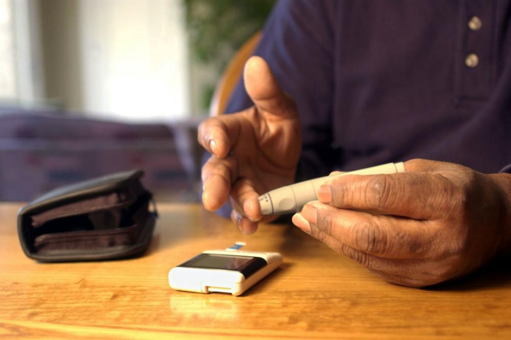 CGM sin monitorización de la glucosa en la sangre es una confirmación segura y eficaz en la diabetes tipo 1