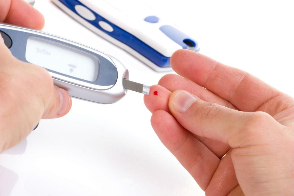 Los 6 momentos ideales para medir su nivel de azúcar en la sangre